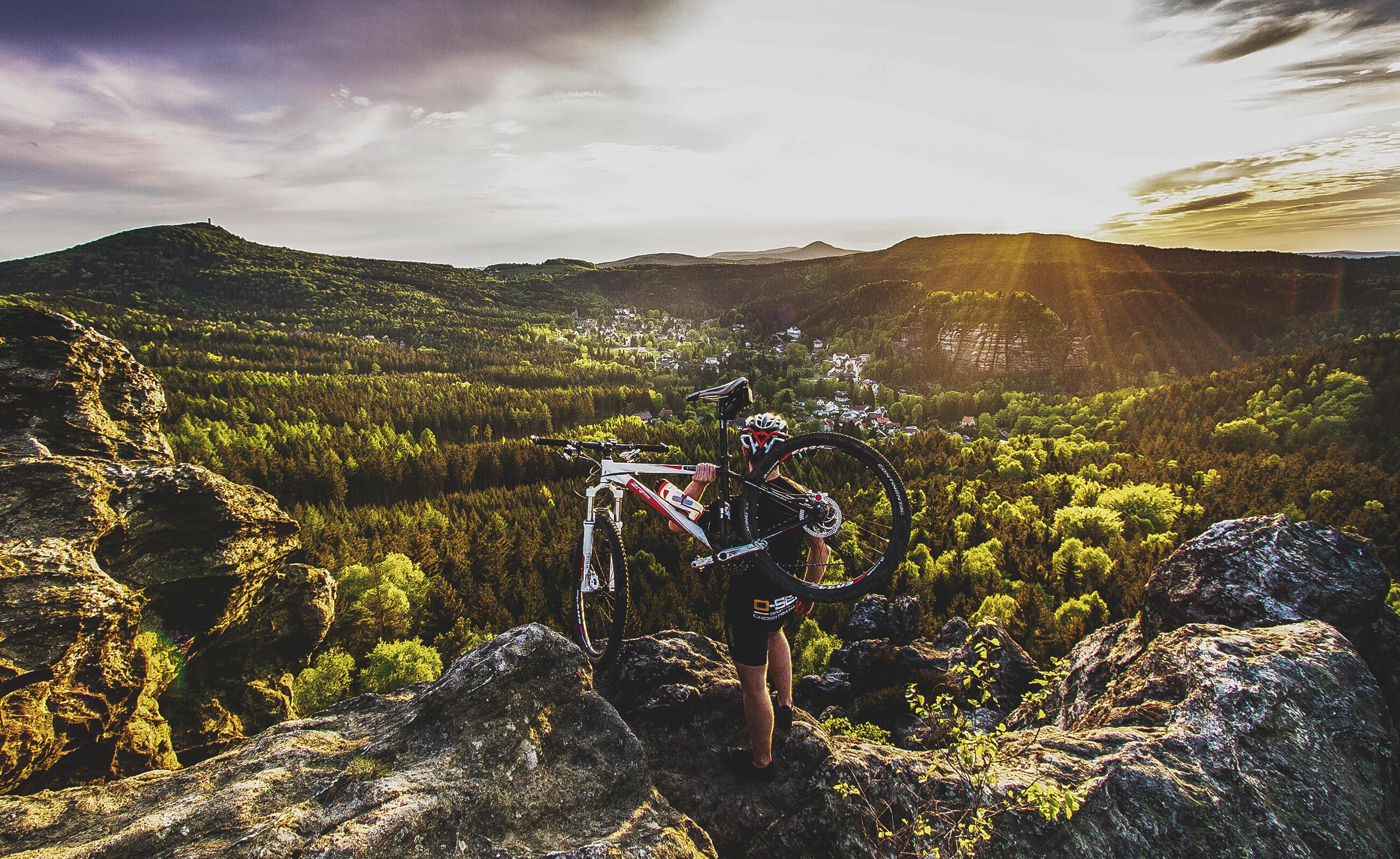 Trixi Ferienpark Zittauer Gebirge Angebote Aktivurlauber Radfahren Mountainbike Landschaft Ausblick