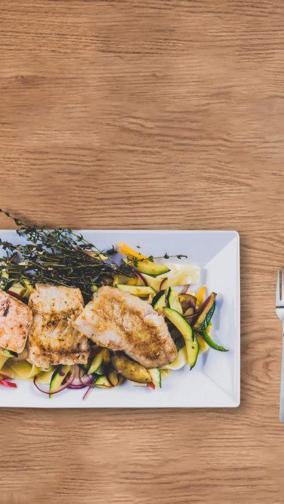 Gastronomie-Verpflegung-Gute-Stube-Büfettrestaurant