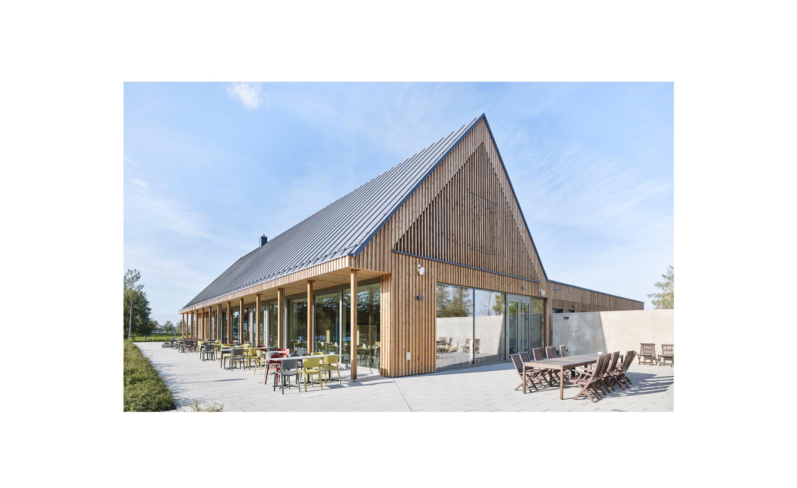 Trixi Ferienpark Zittauer Gebirge Gute Stube Restaurant Terrasse