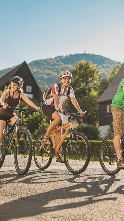 Trixi-Ferienpark-Familie-Radtour-Entdeckerfamilien