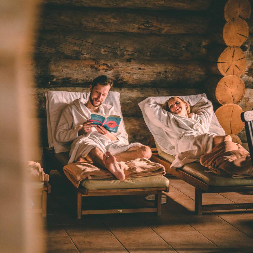 Winterangebot-Saunabaden-Ruheraum